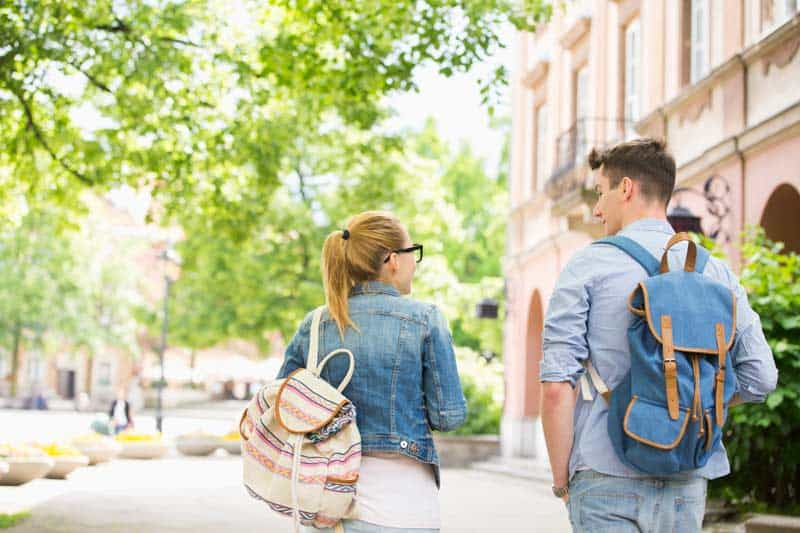 Moving your kids to college
